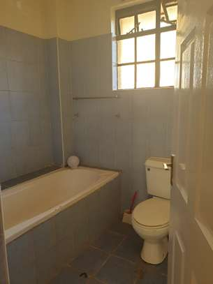 Spacious apartment for sale. Located in Lavington. image 5