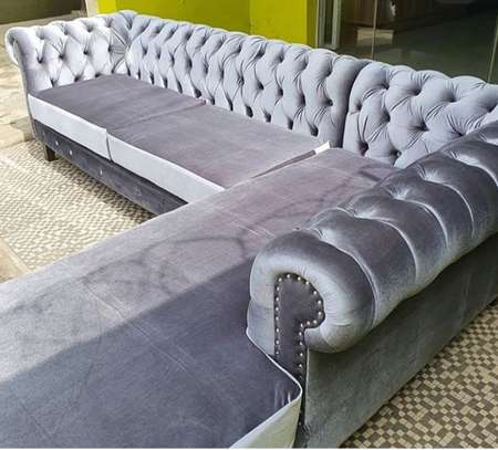 Chesterfield L-Seat Sofa image 3