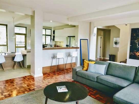 Lavington - Flat & Apartment image 2