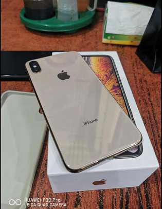 Apple iPhone XS 512gb on offer image 3
