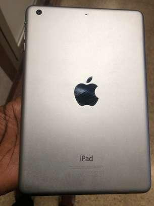 iPad Mini 3 image 2