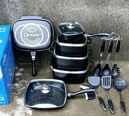 21 pieces Dessini cookware set                                 21pc dessini set image 2