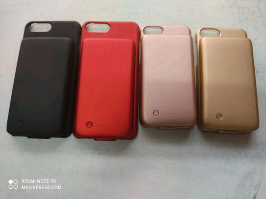 2 in 1 iPhone case power bank image 1