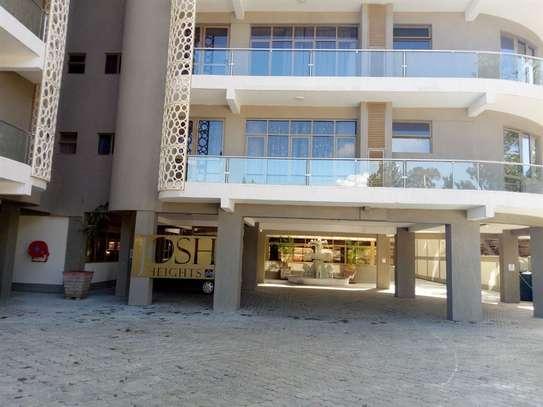 Parklands - Flat & Apartment image 5
