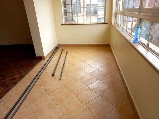 2 bedroom apartment for rent in Kileleshwa image 11