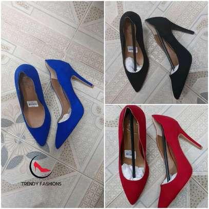Tredy heels image 1