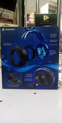 Platinum Wireless Headset for PS4 image 1