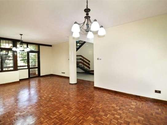 Riverside - Flat & Apartment image 3