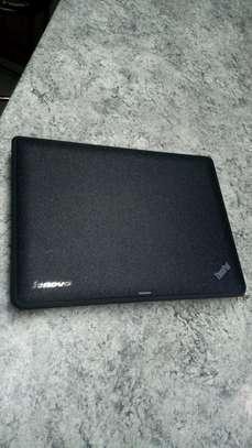 Lenovo ThinkPad X131 -  Celeron 11.6- 4 GB RAM - 320GB HDD image 8