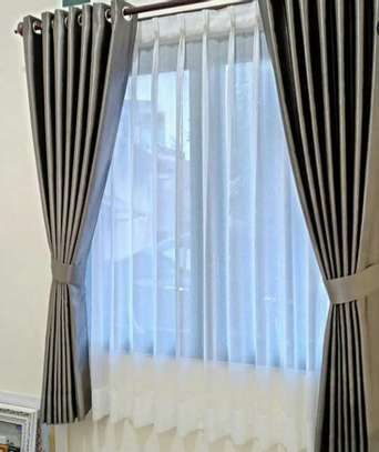 CURTAIN AND MATCHING SHEERS image 5
