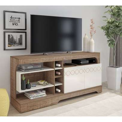 Tv STAND Montreal image 1