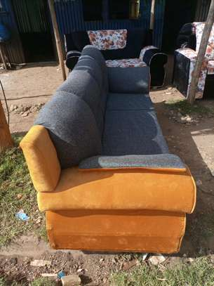5 seater image 2
