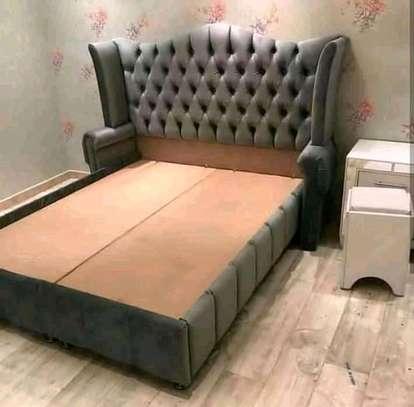 Fabulous Modern Quality Kingsize Wingback Bed image 1