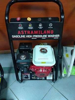 BRAND NEW CAR Wash Machine WITH 7.5HP image 1