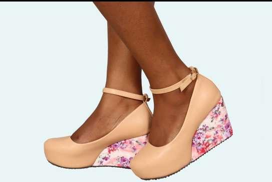 Ladies wedge shoes image 4