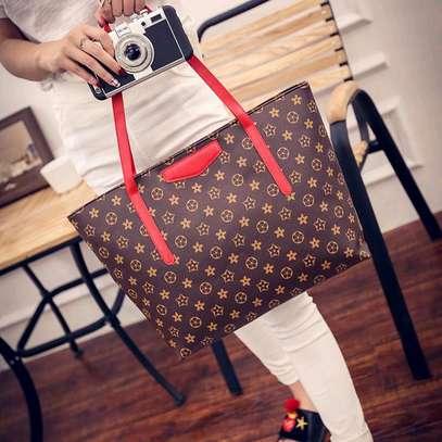 Ladies classy pattern leather handbags image 1