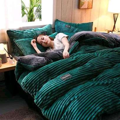 Valvet woolen blankets duvets image 3