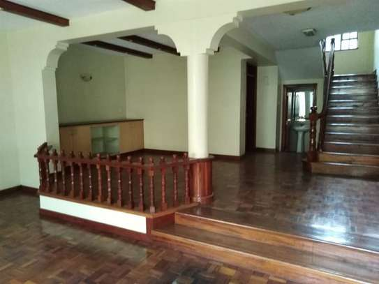 5 bedroom house for rent in Kileleshwa image 15