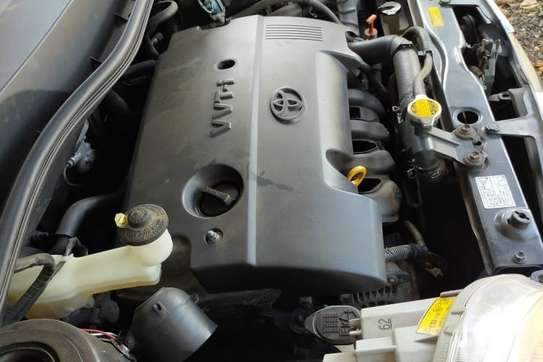 Toyota Sienta image 4