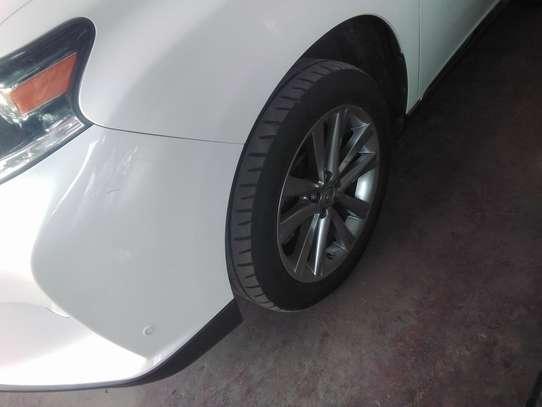 Lexus LX image 6