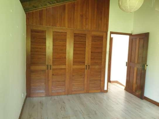 4 bedroom house for rent in Kitisuru image 6