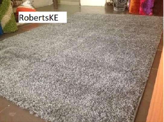 Shaggy beige carpet image 1