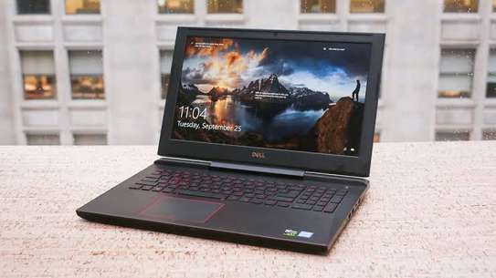Gaming laptop Dell G5587 image 1