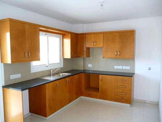 Modern kitchen cabinets image 1