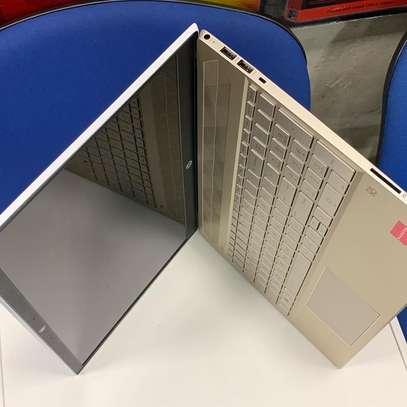 HP Pavilion - 15 AMD A9-9425 Dual-Core image 1