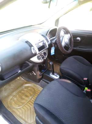 Nissan Note 2009 model on quick sale image 4