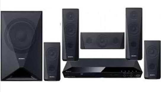 Sony DAV-DZ 350 home theater system image 1