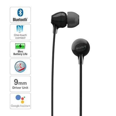 sony wi-c310 wireless in-ear Headphones image 2