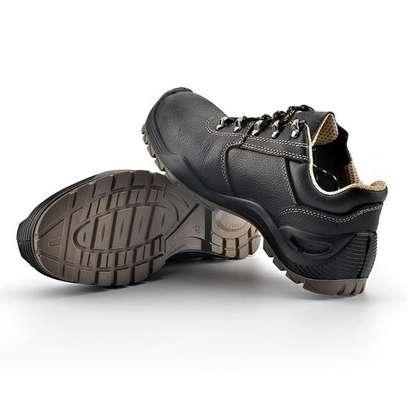 Yamato Low Cut Safety Shoes image 3
