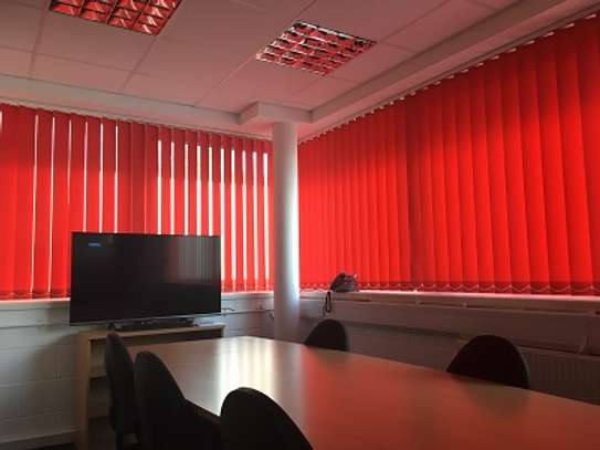 BEAUTIFUL OFFICE BLINDS / CURTAINS image 1