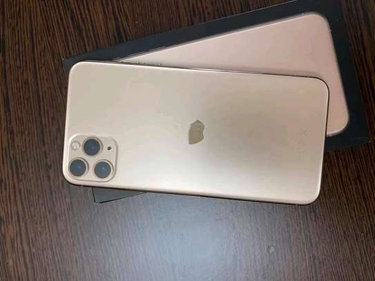 Apple Iphone 11 Pro Max 512 Gb And Airpods image 1