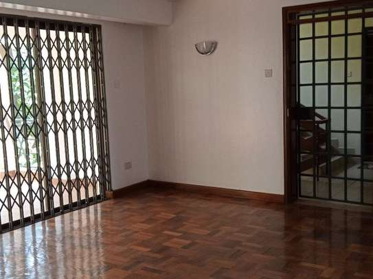 Westlands Area - Flat & Apartment image 3