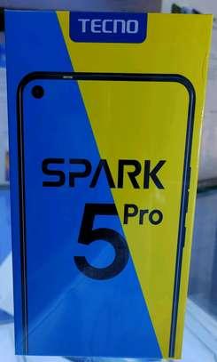 Spark 5 pro image 1