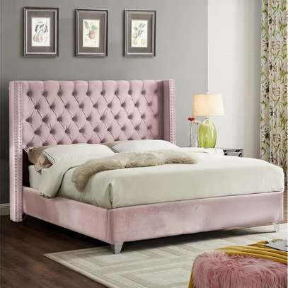 Tufted Beds image 3