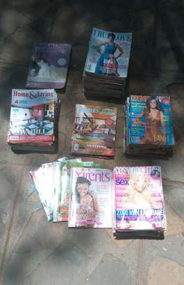 Magazines in mint condition image 2