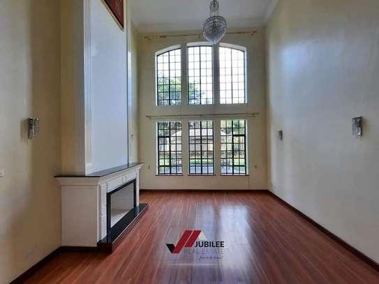 4 bedroom house for rent in Runda image 10