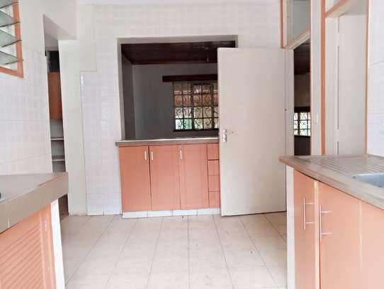 4 bedroom house for rent in Loresho image 5