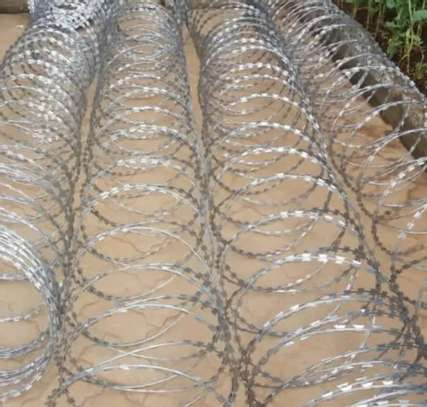 10meter razor wire image 1