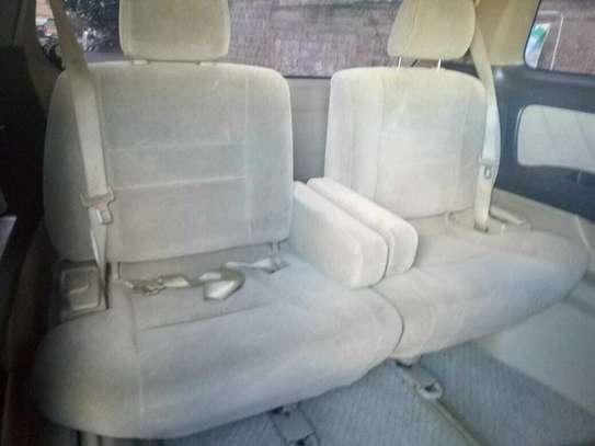 Toyota Alphard image 8
