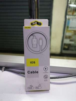 iphone cable image 1