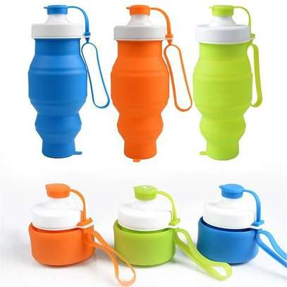 Food Grade 520ML Silicone Collapsible Water Bottles Travel Folding Cars Portable Foldable Drink Bottle-Random Color image 1