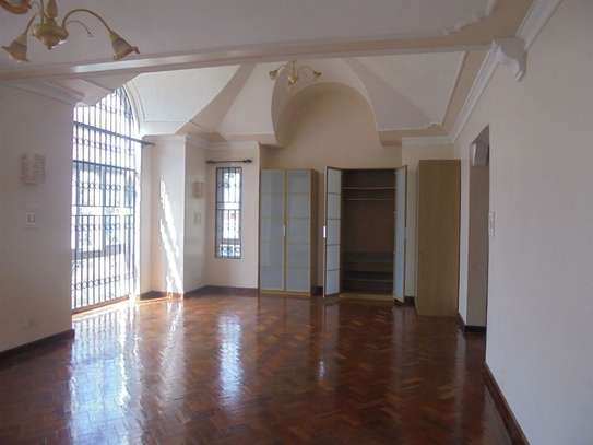 4 bedroom house for rent in Thigiri image 18