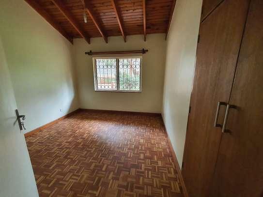 4 bedroom spacious house in Runda image 14