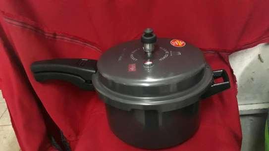 Pressure Cooker/ non stick Pressure Cooker/5lts Pressure Cooker image 1