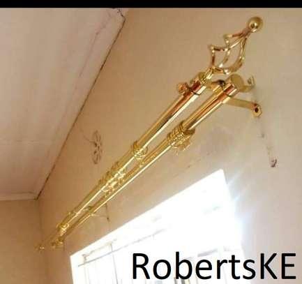 goldish curtain rod image 1