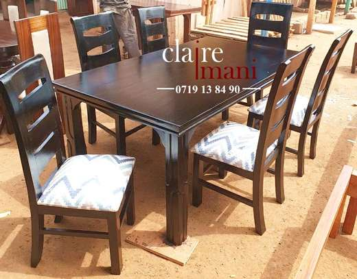 dining Table seater image 3
